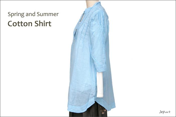 シャツ■ウッドボタンのコットンシャツ(BLUE)ななめ